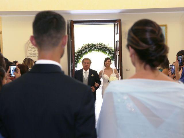 Il matrimonio di Luigi e Valentina a Melissa, Crotone 26