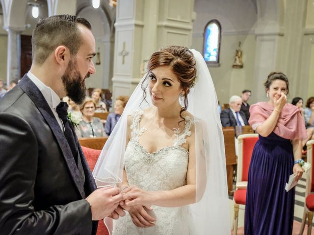 Il matrimonio di Fabio e Mary a Rovello Porro, Como 30