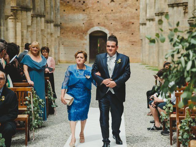 Il matrimonio di Iacopo e Giulia a Chiusdino, Siena 25