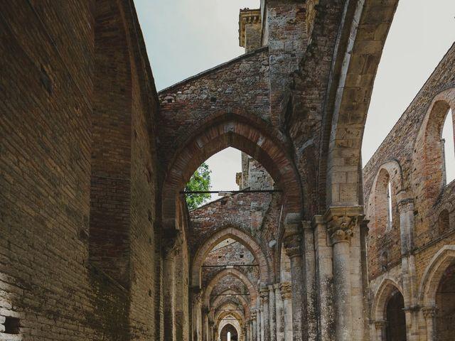Il matrimonio di Iacopo e Giulia a Chiusdino, Siena 53
