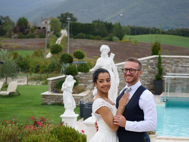 Il matrimonio di Vanessa e Leonardo a Acquasparta, Terni 29