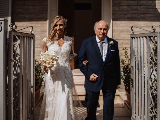Il matrimonio di Silvia e Luca a Fermo, Fermo 30