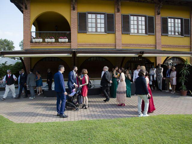 Il matrimonio di Alberto e Chiara a Cogliate, Monza e Brianza 12