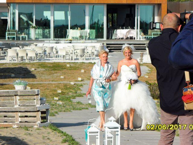 Il matrimonio di Roberto  e Letizia a Viareggio, Lucca 9