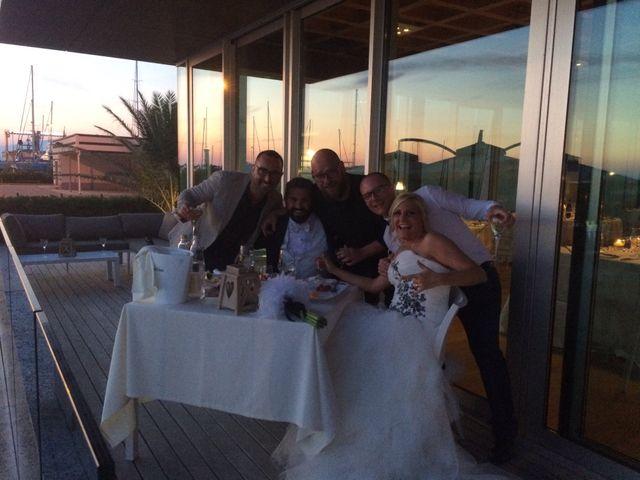Il matrimonio di Roberto  e Letizia a Viareggio, Lucca 11