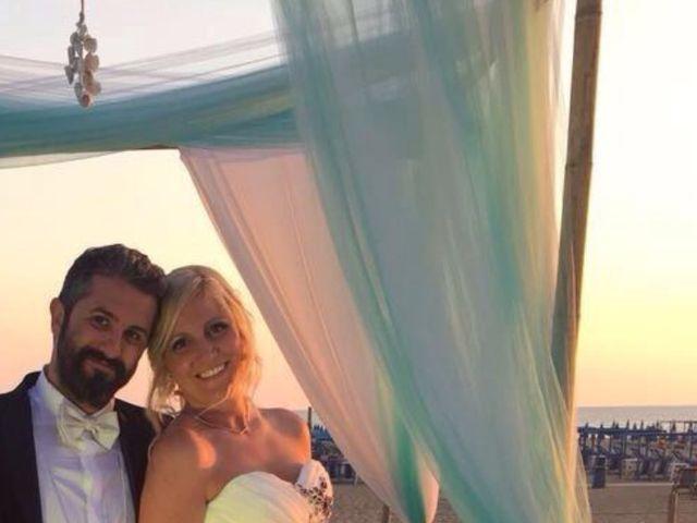 Il matrimonio di Roberto  e Letizia a Viareggio, Lucca 19