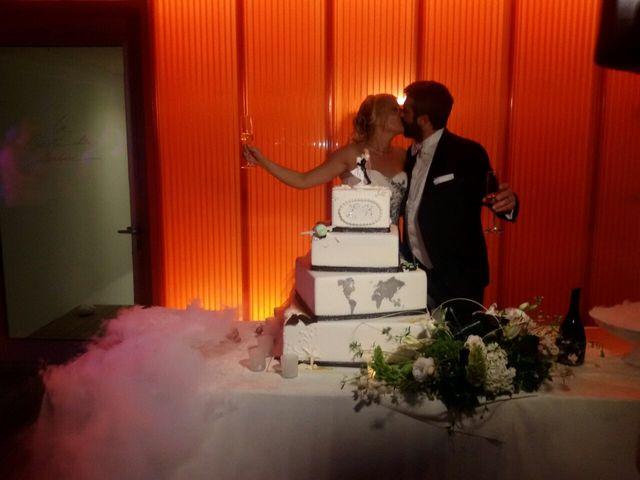 Il matrimonio di Roberto  e Letizia a Viareggio, Lucca 21