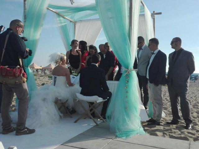 Il matrimonio di Roberto  e Letizia a Viareggio, Lucca 22
