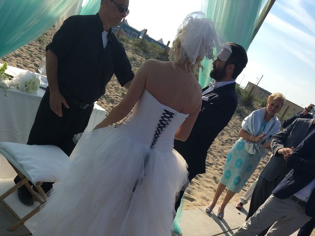 Il matrimonio di Roberto  e Letizia a Viareggio, Lucca 27