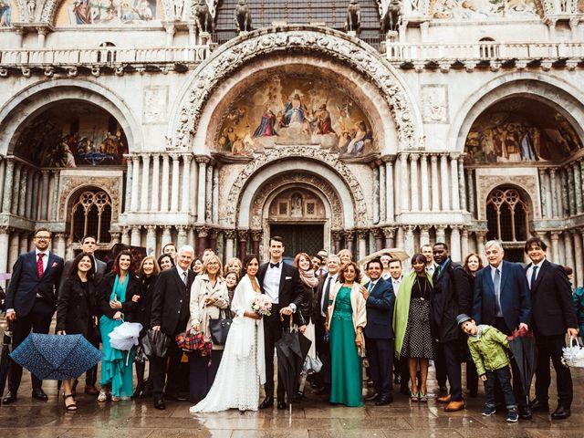 Il matrimonio di Alessio e Yesena a Venezia, Venezia 44