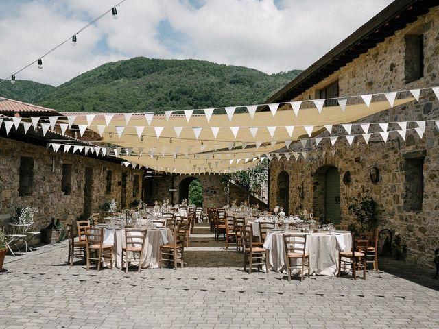 Il matrimonio di Lorenzo e Talia a Pontremoli, Massa Carrara 24