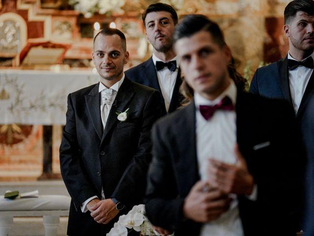 Il matrimonio di Nunzia e Salvatore a Torre Annunziata, Napoli 33