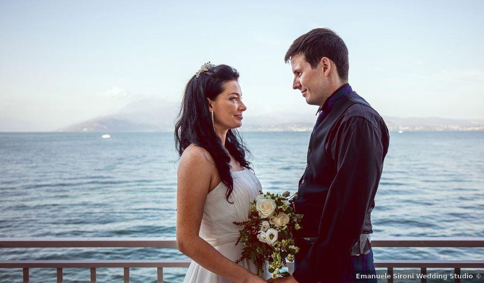 Il matrimonio di Scott e Ela a Sirmione, Brescia