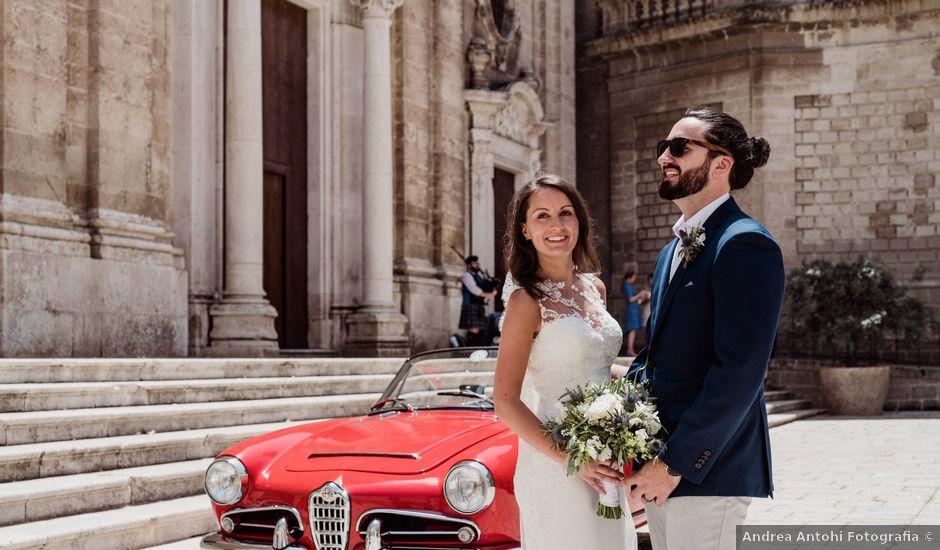 Il matrimonio di Matthew e Luisa a Monopoli, Bari