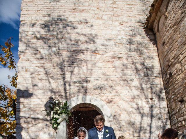 Il matrimonio di Daniele e Lucia a Pieve Torina, Macerata 6
