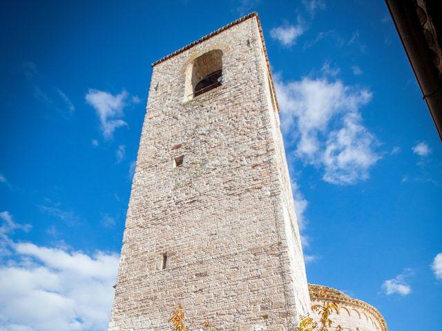 Il matrimonio di Daniele e Lucia a Pieve Torina, Macerata 8
