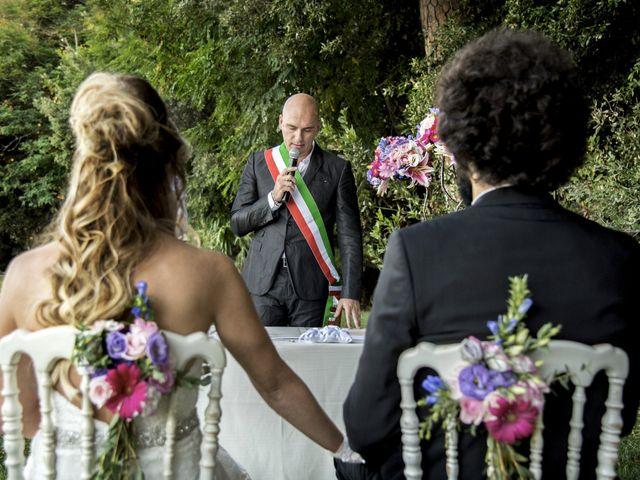 Il matrimonio di Adriano e Erica a Torre del Lago, Lucca 36