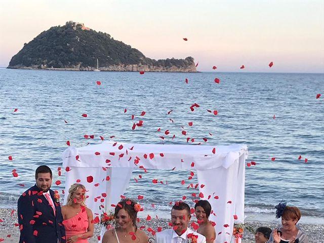 Il matrimonio di Luca e Veronica  a Albenga, Savona 12