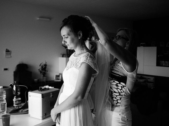 Il matrimonio di Alan e Ilaria a Malgesso, Varese 23