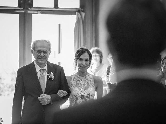Il matrimonio di Giordano e Erika a Robecco sul Naviglio, Milano 17