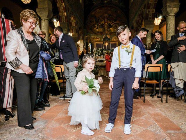 Il matrimonio di Andrea e Rebecca a Besana in Brianza, Monza e Brianza 11