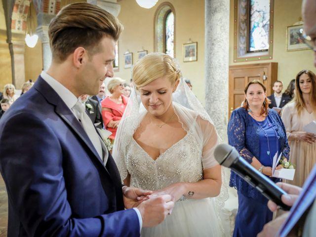 Il matrimonio di Andrea e Rebecca a Besana in Brianza, Monza e Brianza 25