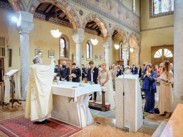 Il matrimonio di Andrea e Rebecca a Besana in Brianza, Monza e Brianza 23