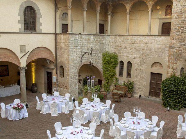Il matrimonio di Alberto e Martina a Prato, Prato 21