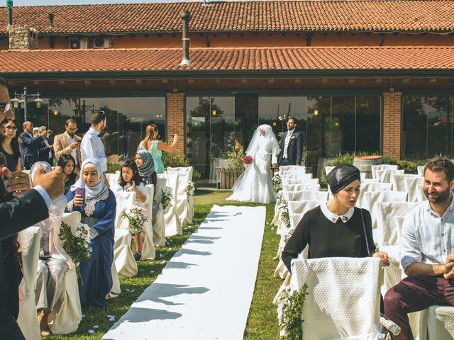 Il matrimonio di Omar e Amina a Albano Sant'Alessandro, Bergamo 24