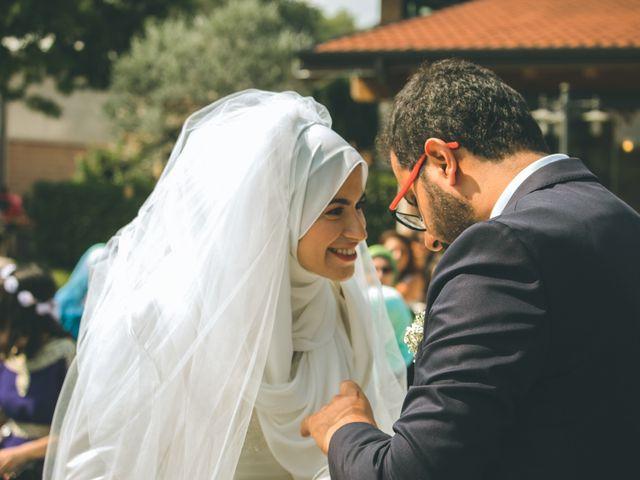 Il matrimonio di Omar e Amina a Albano Sant'Alessandro, Bergamo 32