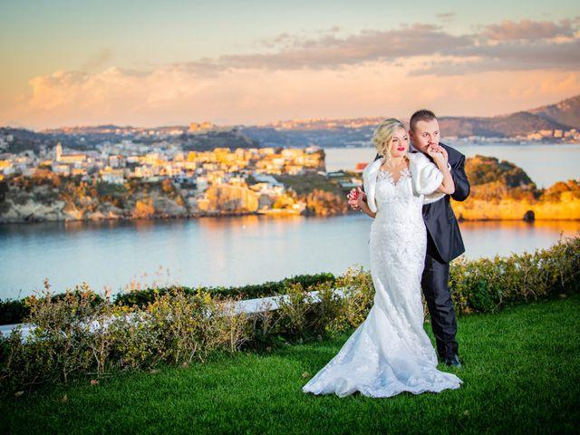 Il matrimonio di Emanuele e Valentina a Bacoli, Napoli 102