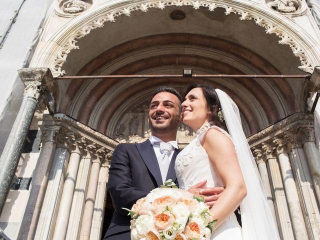 Il matrimonio di Mauro e Roberta a Monza, Monza e Brianza 35