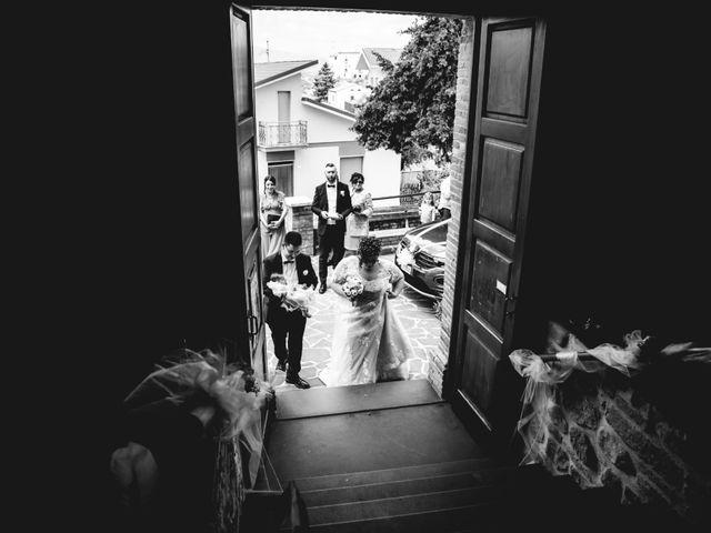 Il matrimonio di Manuel e Martina a Penna Sant'Andrea, Teramo 14