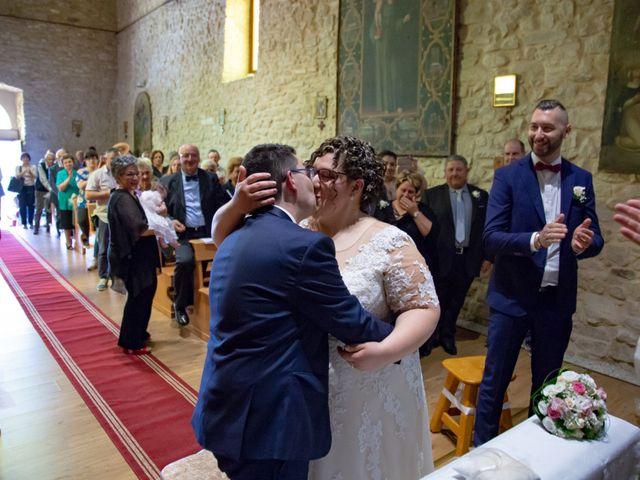 Il matrimonio di Manuel e Martina a Penna Sant'Andrea, Teramo 24