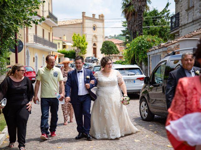 Il matrimonio di Manuel e Martina a Penna Sant'Andrea, Teramo 29