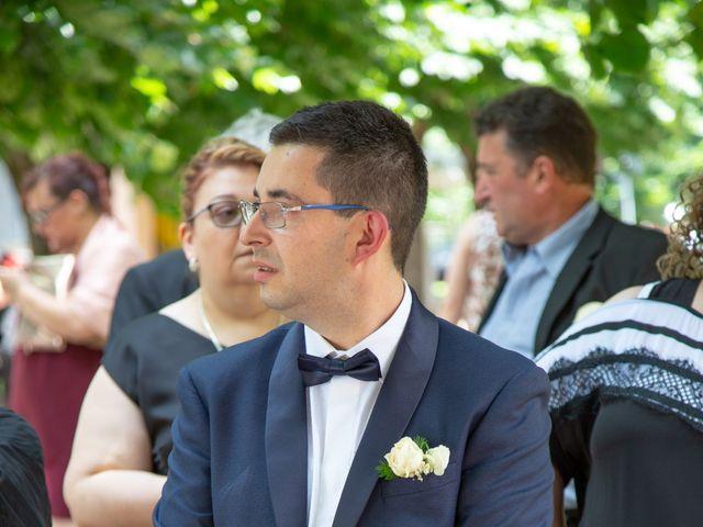 Il matrimonio di Manuel e Martina a Penna Sant'Andrea, Teramo 60