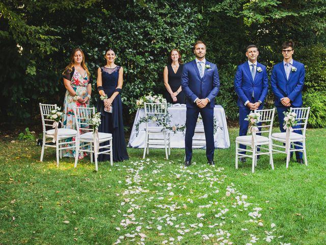 Il matrimonio di Davide e Sabrina a Vimercate, Monza e Brianza 18