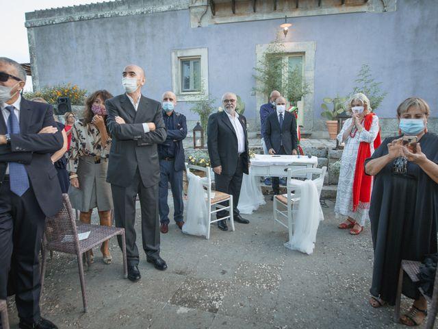 Il matrimonio di Piero e Patrizia a Modica, Ragusa 27