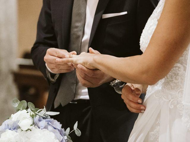 Il matrimonio di Andrea e Laura a Carate Brianza, Monza e Brianza 34