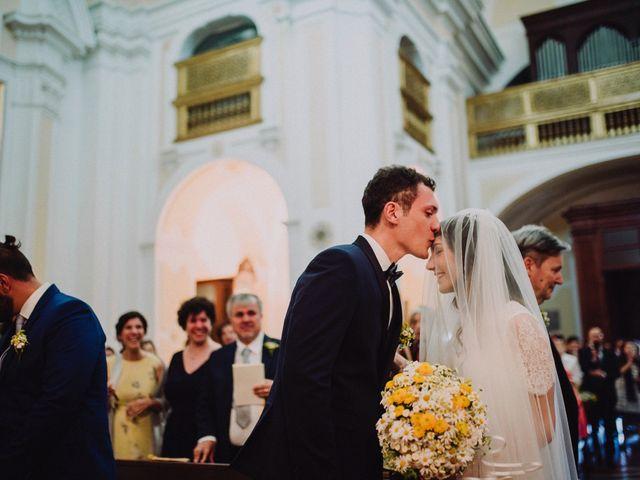 Il matrimonio di Emidio e Maria Cristina a Napoli, Napoli 18