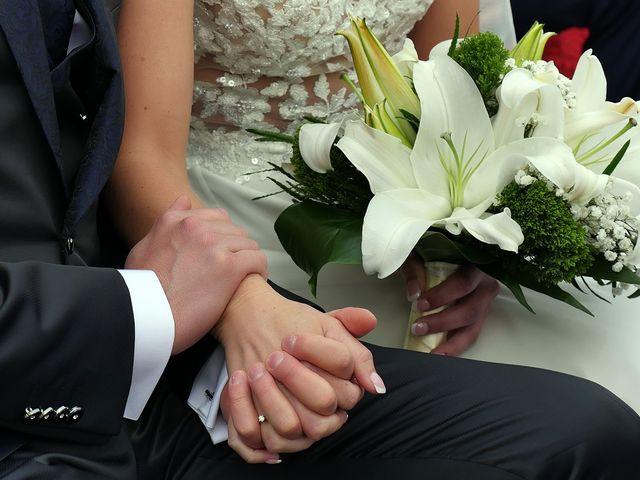 Il matrimonio di Luca e Romina a Volta Mantovana, Mantova 8