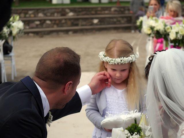 Il matrimonio di Luca e Romina a Volta Mantovana, Mantova 9
