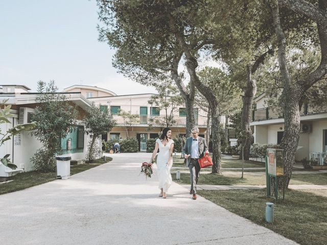 Il matrimonio di Luca e Annika a Vasto, Chieti 14
