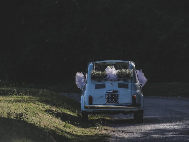 Il matrimonio di Diego e Francesca a Urbania, Pesaro - Urbino 12