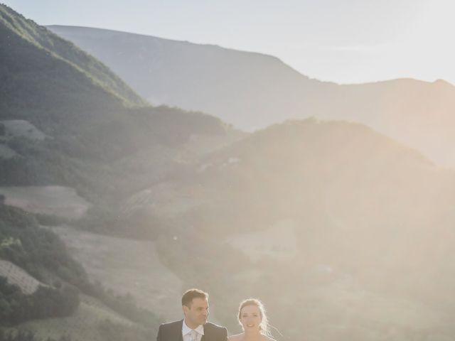Il matrimonio di Diego e Francesca a Urbania, Pesaro - Urbino 15