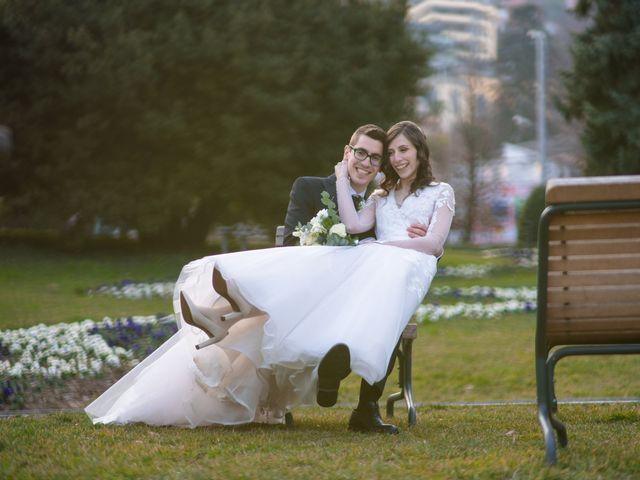 Il matrimonio di Simone e Antonella a Cantello, Varese 29