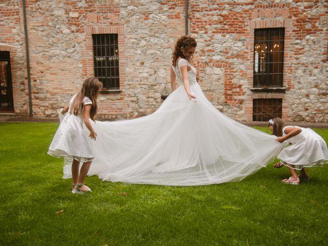 Il matrimonio di Davide e Laura a Ziano Piacentino, Piacenza 27