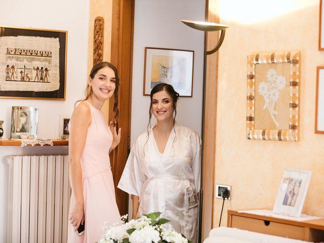 Il matrimonio di Dario e Sharon a Albese con Cassano, Como 30