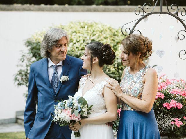 Il matrimonio di Dario e Sharon a Albese con Cassano, Como 61