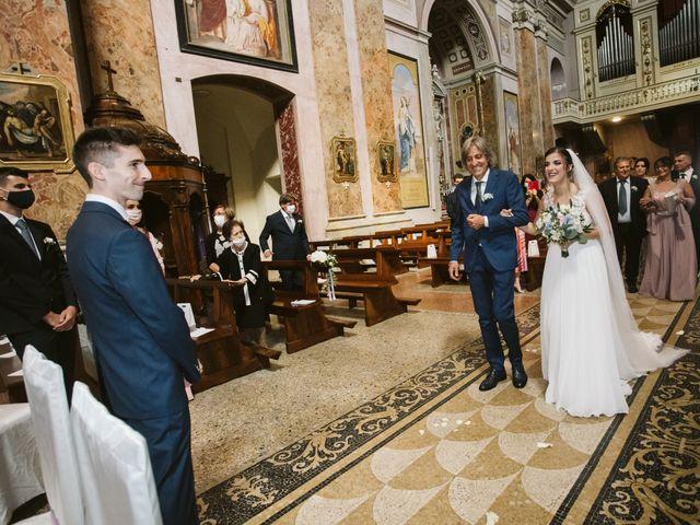 Il matrimonio di Dario e Sharon a Albese con Cassano, Como 105